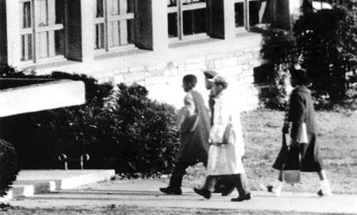 black and white photograph of black students entering Stratford Junior High in 1959
